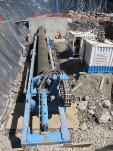 Mise en place du casing DN1000 mm au marteau fond de trou (MFT)